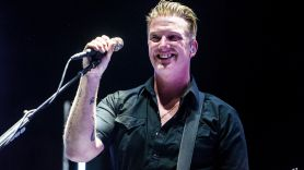 Queens of the Stone Age, photo by Philip Cosores