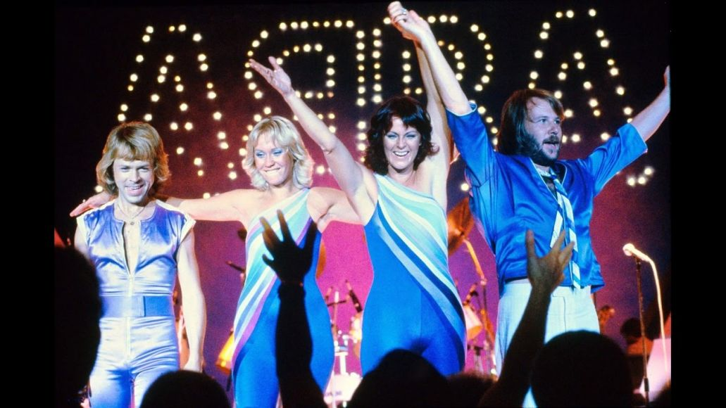 ABBA to release new music, tour as holograms