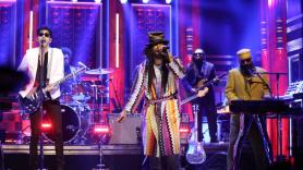 Chromeo, DRAM, Jesse Johnson, The Roots on The Tonight Show