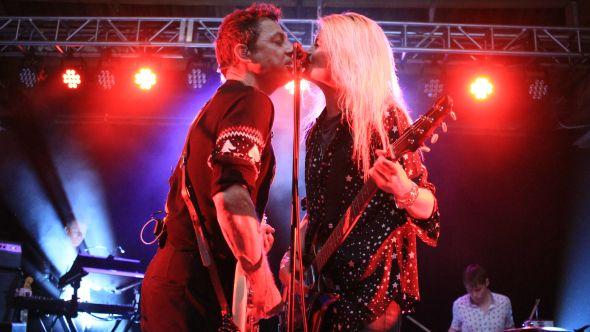 Jamie Hince and Alison Mosshart of The Kills