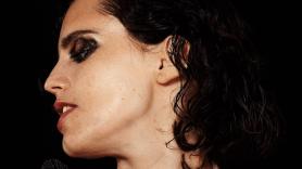 Anna Calvi announces Hunter album