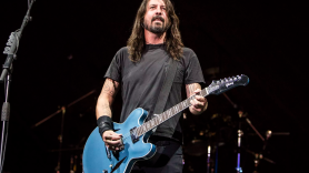 Foo Fighters Dave Grohl Neil Peart Coffee Addiction