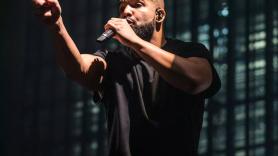 Drake, photo by David Brendan Hall surprise set wireless festival