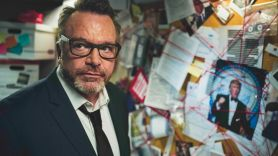 Tom Arnold Hunt for the Trump Tapes Viceland board tie