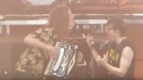 Weezer Weird Al Yankovic cover Toto's Africa Live