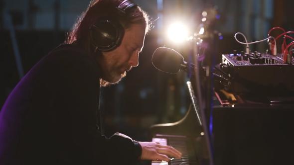 "Watch Thom Yorke ""Unmade"" piano on BBC Radio 6"