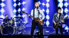 Watch video Beatles reunion Paul McCartney and Ringo Starr London