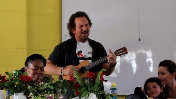 """Watch video Eddie Vedder performing """"Here Comes the Sun"""" at Walmer High School"""