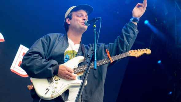 mac demarco the christmas song california wildfire benefit single cover