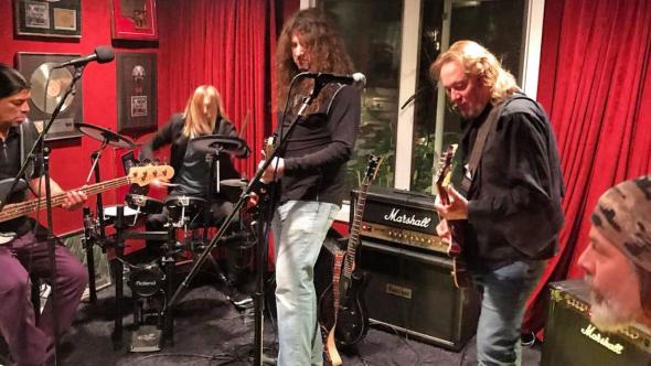 Metallica Foo Fighters Iron Maiden jam