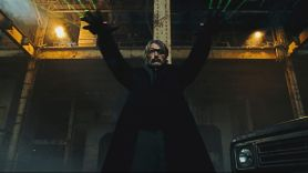 Polar Film Review Mads Mikkelsen Johnny Knoxville Richard Dreyfuss Vanessa Hudgens
