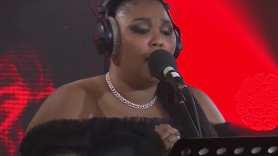 """Lizzo cover Miley Cyrus """"Nothing Breaks Like a Heart"""" BBC Live Lounge video performance"""