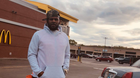 R Kelly visits McDonalds