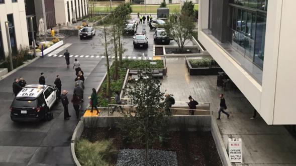 Netflix Evacuation, Potential Shooter, Photo by Allison Norlian