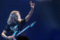Metallica 3 Anne Erickson Live Review: Metallica Close North American Run of WorldWired Tour in Michigan (3/13)