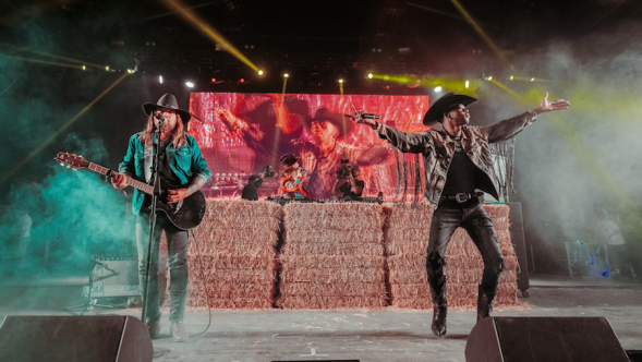 Lil Nas X Billy Ray Cyrus Diplo Stagecoach Music Festival Old Town Road Remix