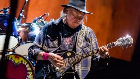 Neil Young Crazy Horse new album reunion collaboration