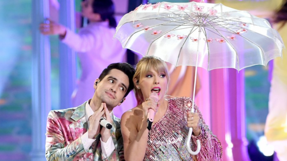 Taylor Swift and Brendon Urie open the 2019 Billboard Music Awards