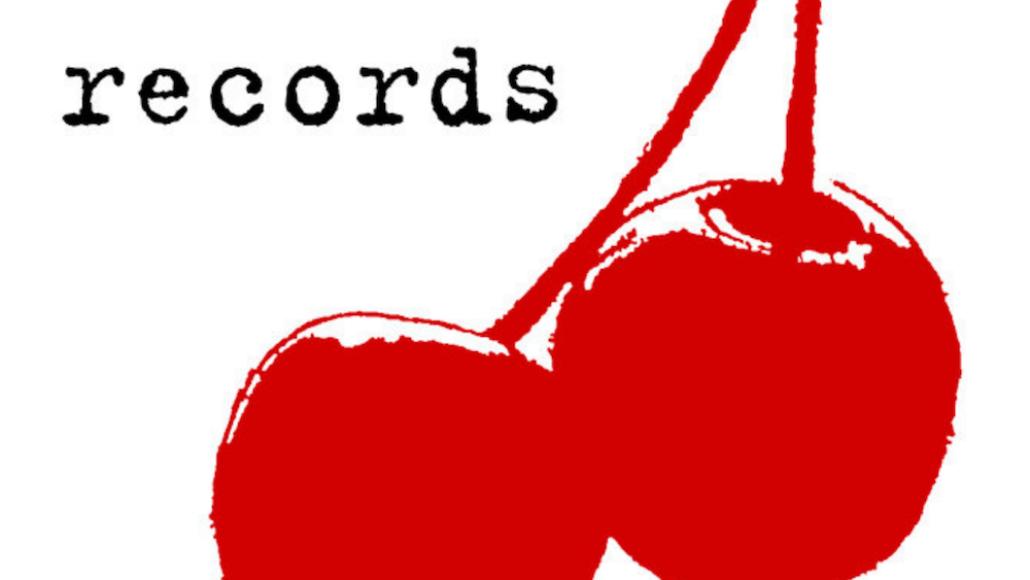 sarah-records-fashion-brigade-premiere