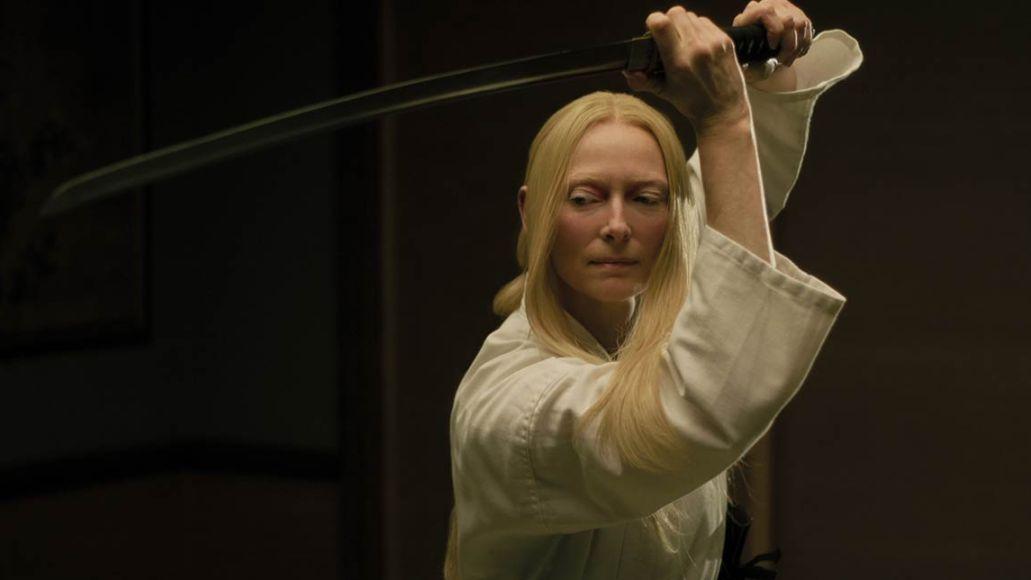 Tilda Swinton using a sword in Dead Don't Die