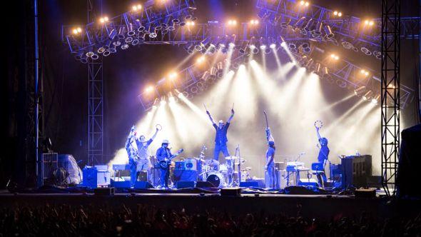 wilco fan karaoke competition rick levinson press photo solid sound festival