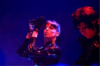 Desire at Chicago's Park West, photo by Heather Kaplan
