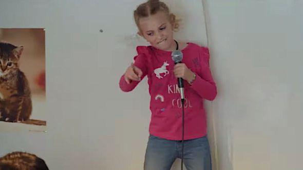 8-Year-Old Sings Slipknot