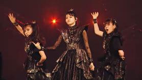 """Babymetal in """"Pa Pa Ya!"""" video"""