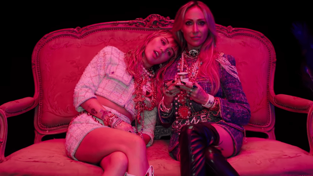 miley cyrus mother's daughter music video new