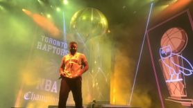 Drake performing OVO Fest