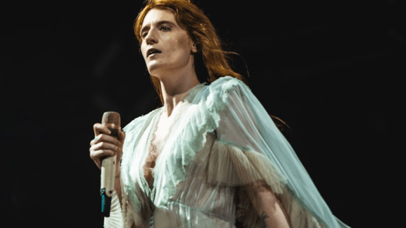 Proposal engagement onstage Edinburg Florence and the Machine, photo by Julia Drummond