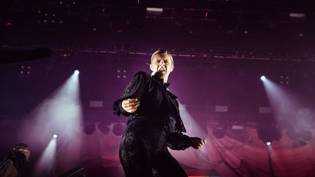 robyn flow festival review