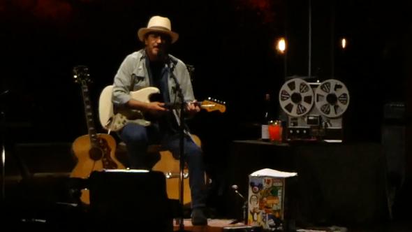 """Eddie Vedder at Ohana Festival Daniel Johnston cover """"Walking the Cow"""" live"""