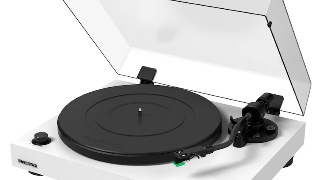 Fluance RT81 Elite High-Fidelity Vinyl Turntable giveaway