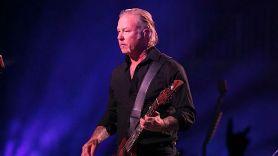 Metallica's James Hetfied enters rehab