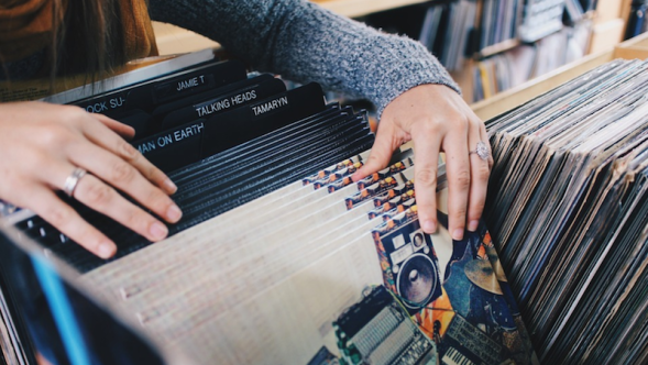 Vinyl expected to outsell CDs sales
