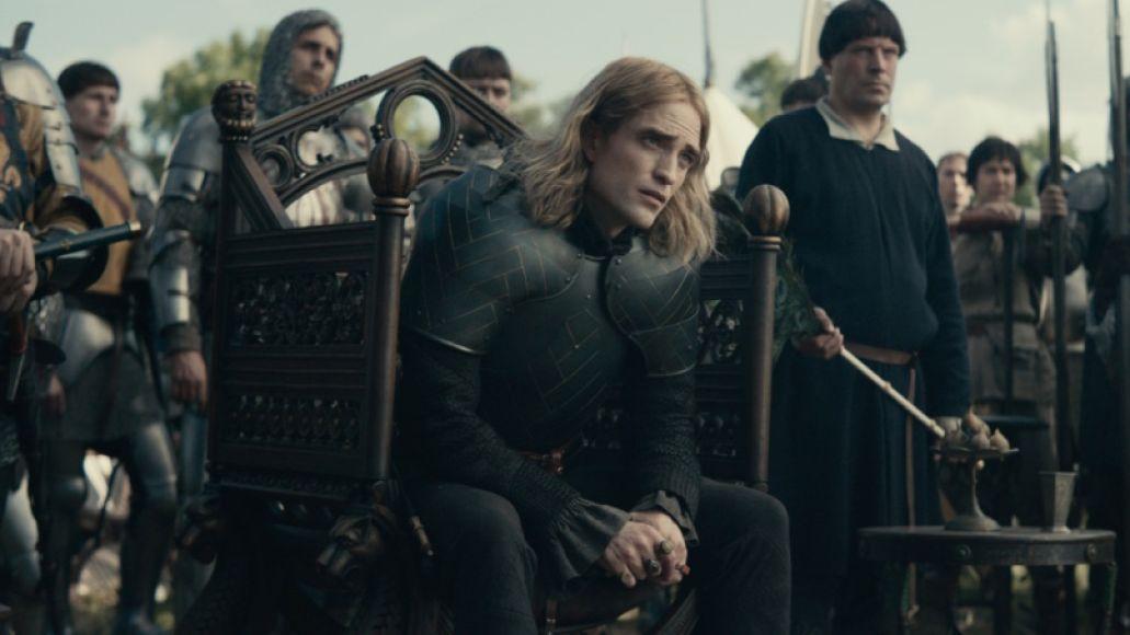 Robert Pattinson in The King (Netflix)