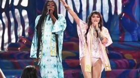 Tik Tok performance Raising Hell Big Freedia and Kesha, photo courtesy of AMAs