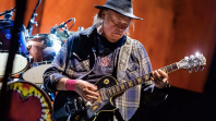 Neil Young Quits Facebook Obvious Commitments Republicans Politics