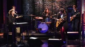 Sharon Van Etten and Norah Jones on The Late Show with Stephen Colbert