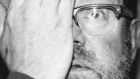 Vaughan Oliver Pixies 4AD Death