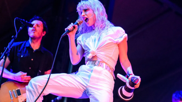 Hayley Williams Paramore Solo Single Simmer