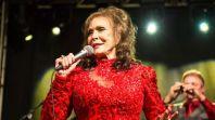 Loretta Lynn dead country music quote, photo by Philip Cosores