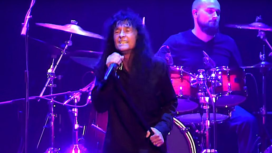 Joey Belladonna Performs with Journey Beyond