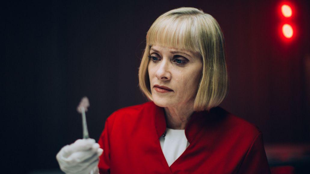 Barbara Crampton in Replace