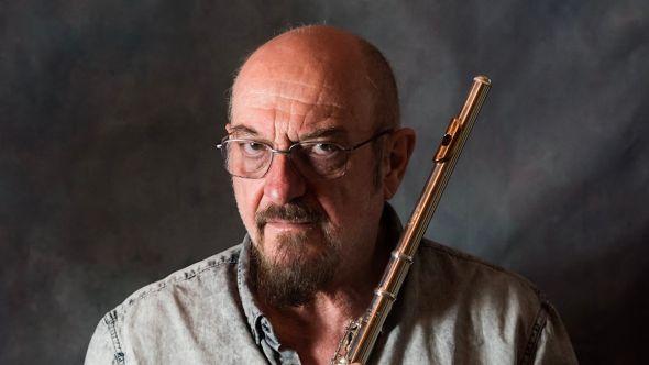 Jethro Tull Ian Anderson lung disease