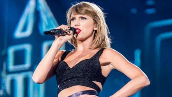 Taylor Swift confederate statues racism tennessee political, photo by David Brendan Hall
