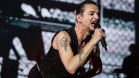 Depeche Mode, photo by Philip Cosores