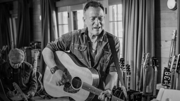 Bruce Springsteen Letters to You guitar fan new album (YouTube)