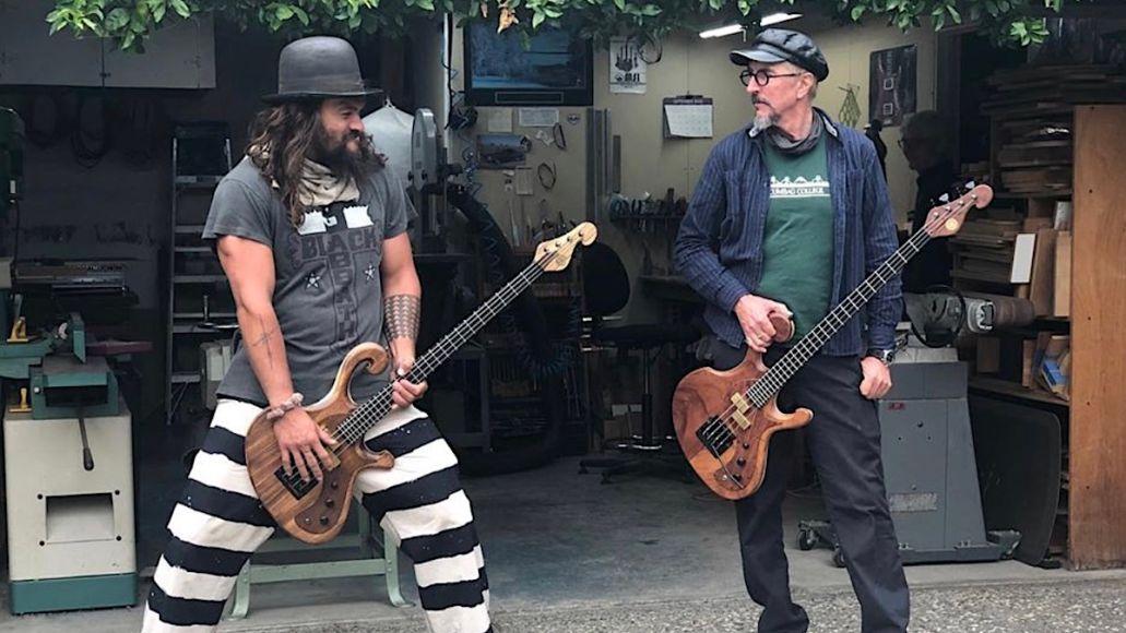 Jason Momoa and Les Claypool jam